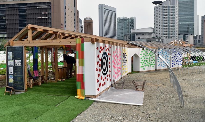大阪産の木材を使用して、自給自足はもちろん地域や人と人がつながる憩いのスペースになるパーゴラ